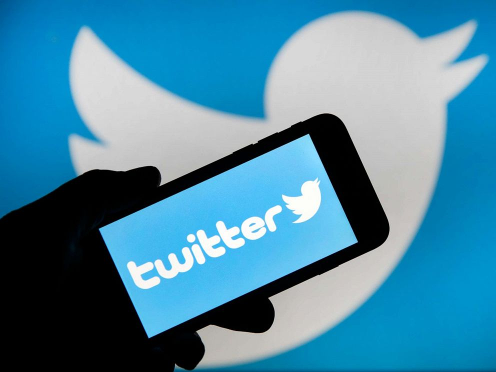 Overnight Twitter outage sends the internet reeling