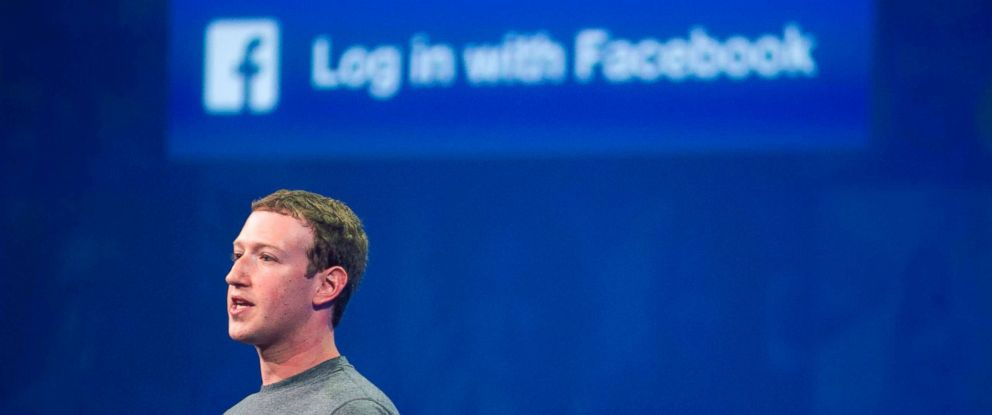PHOTO: March 25, 2015 file photo of Facebook CEO Mark Zuckerberg speaks at the F8 summit in San Francisco.