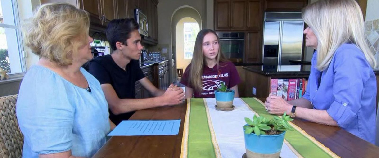 VIDEO: Florida student says politicians 'not doing their jobs' after another school shooting