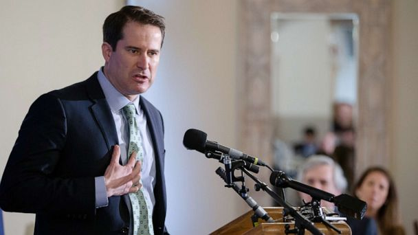 Presidential candidate Rep. Seth Moulton unveils national service proposal
