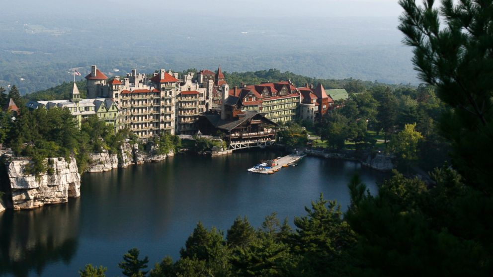 Norovirus shuts down historic new york state resort abc news for Design hotel upstate new york