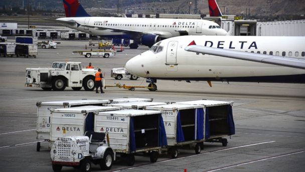 Southern California Family Thrown Off Overbooked Delta