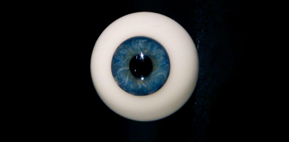 PHOTO: glass eye, travel