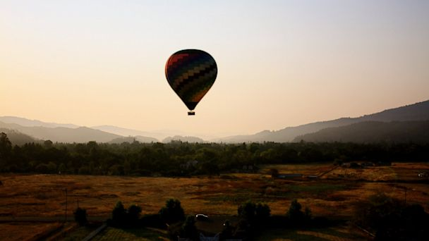 Ballooning and bubbly with the Wydown Hotel, Napa Valley.