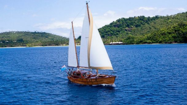 PHOTO: Sail Away to a Private Beach -- Fiji