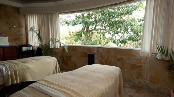 PHOTO: Free Spa Treatments