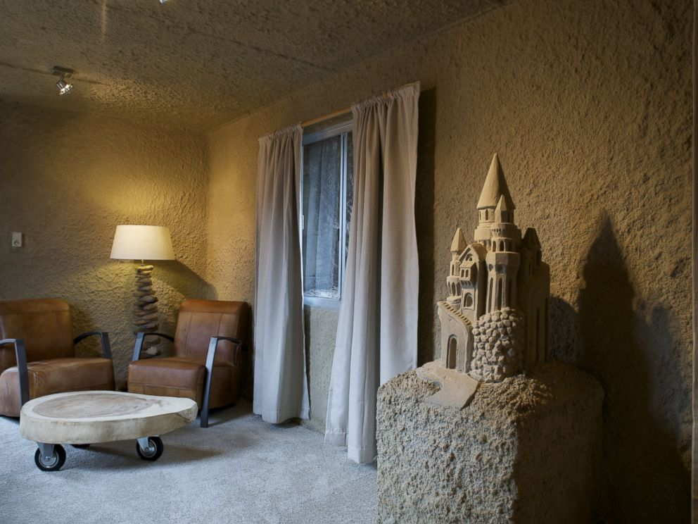 PHOTO:The Zand Hotel in the Dutch cities of Sneek and Oss is the first sand hotel in the world.