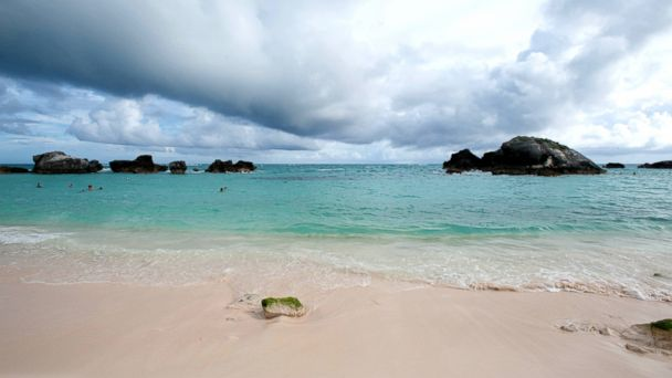PHOTO: Horseshoe Bay Beach; Bermuda.