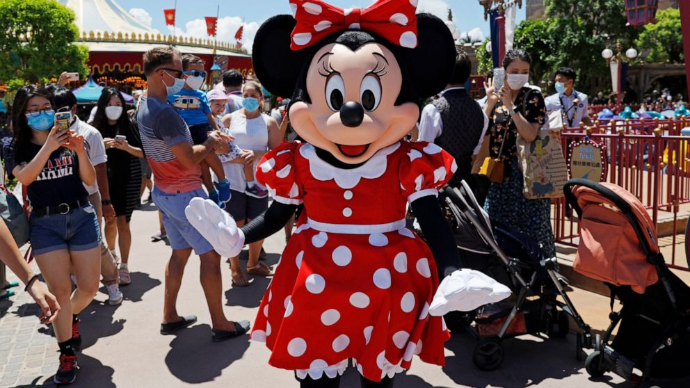 Hong Kong Disneyland reopens, consumers using less cash