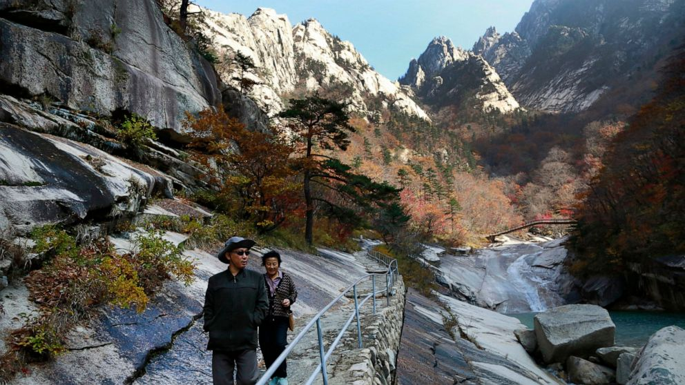 NKorea vows to redevelop mountain tour site despite pandemic