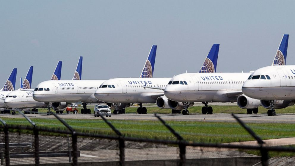 United will warn 36,000 workers they could be laid off