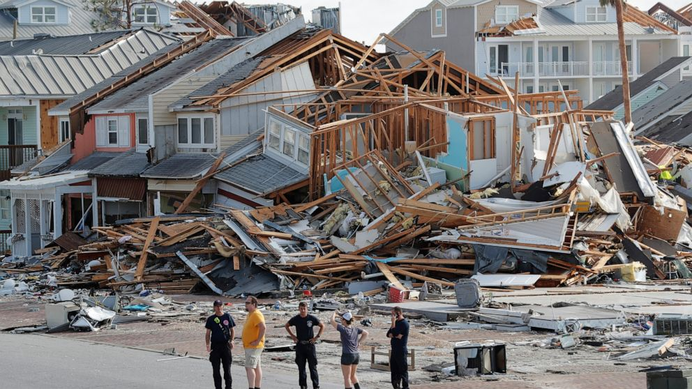 Tourists can help rebuild storm-ravaged town in Florida - ABC News