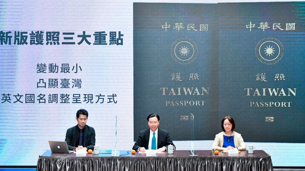 New Taiwan passports to emphasize distinction with China