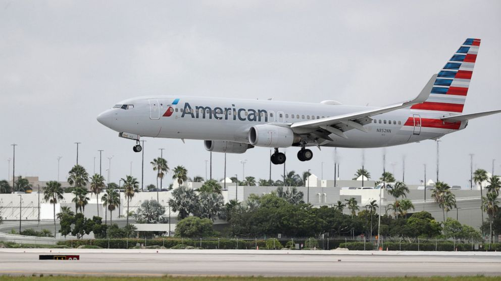 American Airlines crews say lodging is lacking on the road