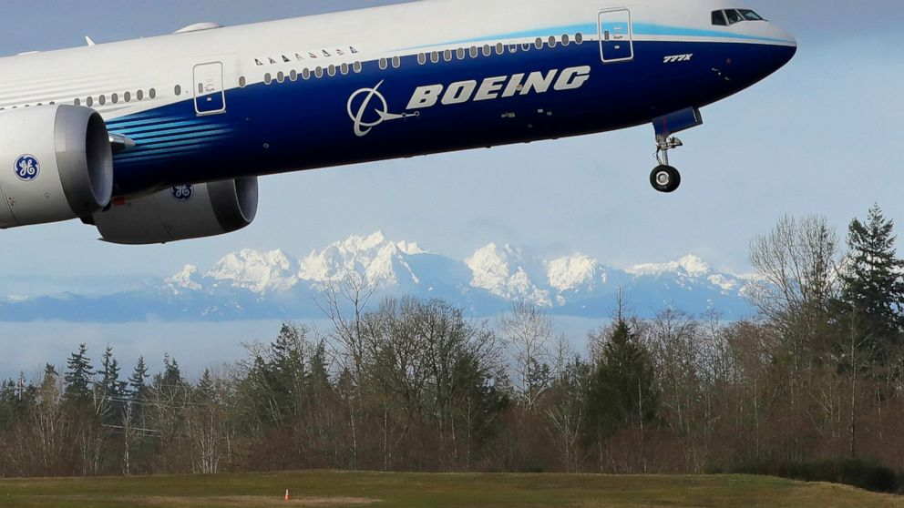 Deeper job cuts at Boeing as pandemic throttles air travel