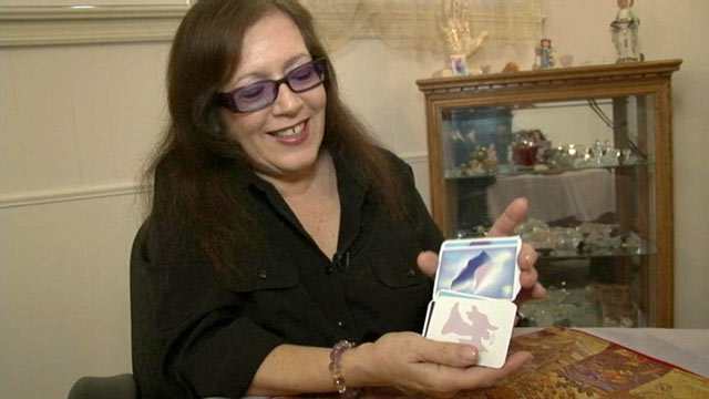 PHOTO: Linda Lauren said she is a fourth generation psychic medium and uses her gift to counsel clients along their way.