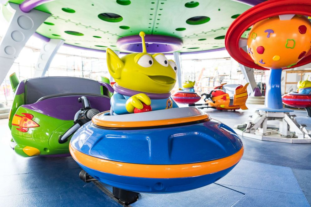 PHOTO: A close up of the ride the Alien Saucer Swirl.