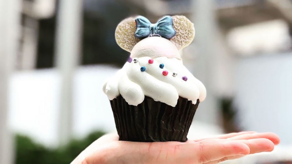 This new cupcake at Walt Disney World will be blowing up your Instagram this summer