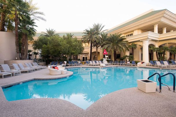 8 Awesome Las Vegas Hotels With No Casinos Abc News