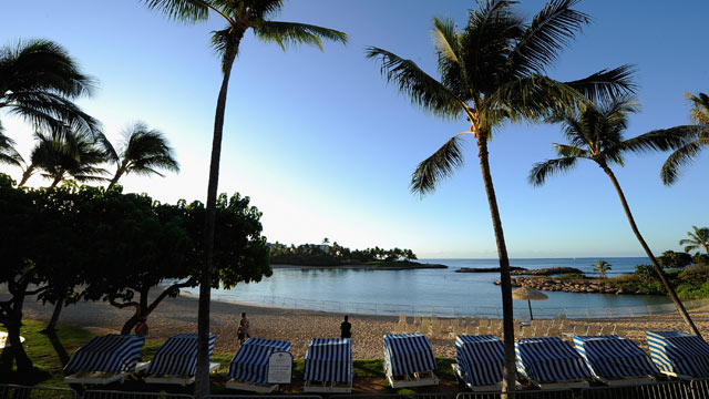 PHOTO: Security patrols the beach during the Asia-Pacific Economic Cooperation (APEC) summit on November 13, 2011 in Ko Olina, Hawaii.