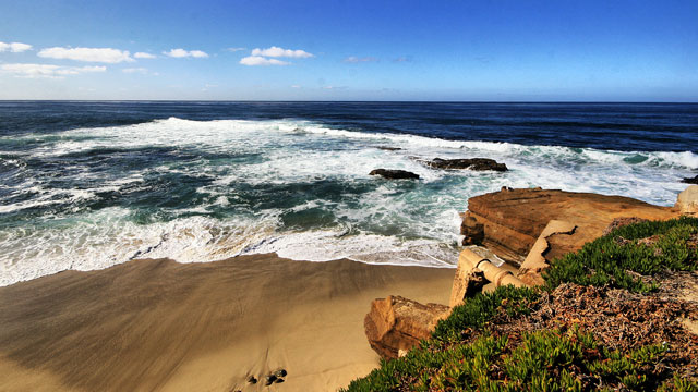 PHOTO: La Jolla California pacific coast is one of the most beautiful coastlines in the world.