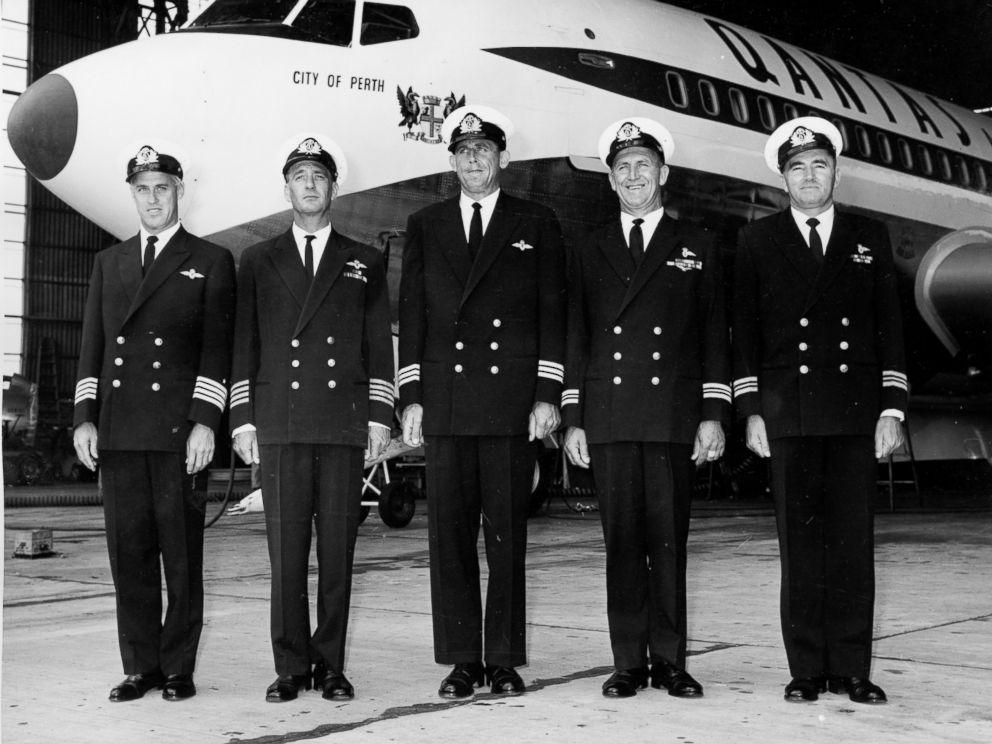 Qantas Pilot Uniforms A Look Back Through The Years Abc