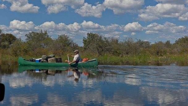 PHOTO: Selinda Canoe Trail, Botswana.