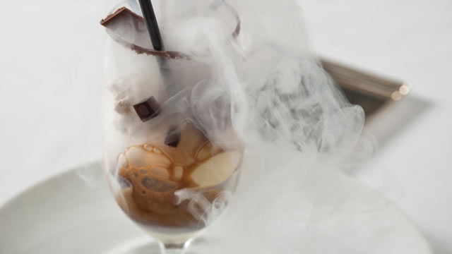 PHOTO: The New York Palace combines classic Manhattan elegance with delicious modern indulgences like this boozy float.