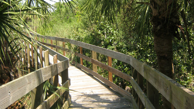 PHOTO: Outdoor activities are big in Holiday, Florida - particularly at the town's two beautiful parks.