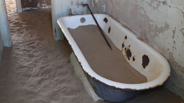 PHOTO: Kolmanskop Ghost Town, Namibia