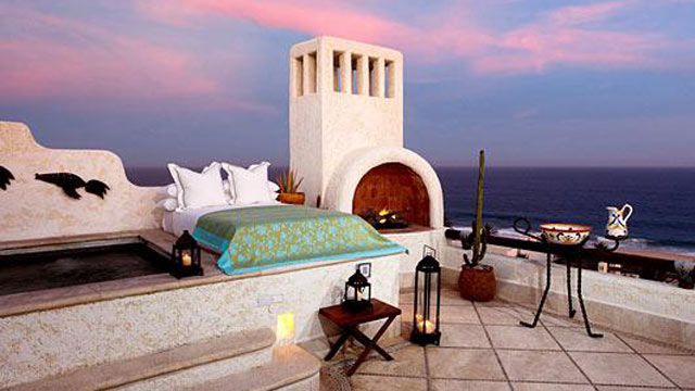 """PHOTO: The hotel's popular """"Sleeping with the Stars"""" program is an al fresco overnight experience swathed in 5-star luxury."""