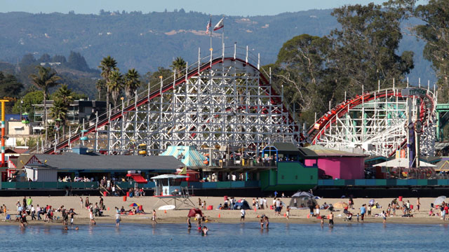 PHOTO: Santa Cruz Beach Boardwalk