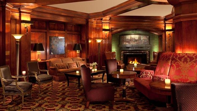 PHOTO: Sorrento Hotel Fireplace