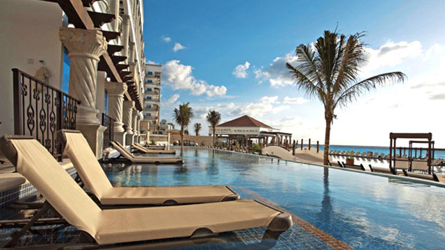 PHOTO: THE ROYAL Resorts in Cancun & Playa del Carmen are adult -only all inclusive resorts.