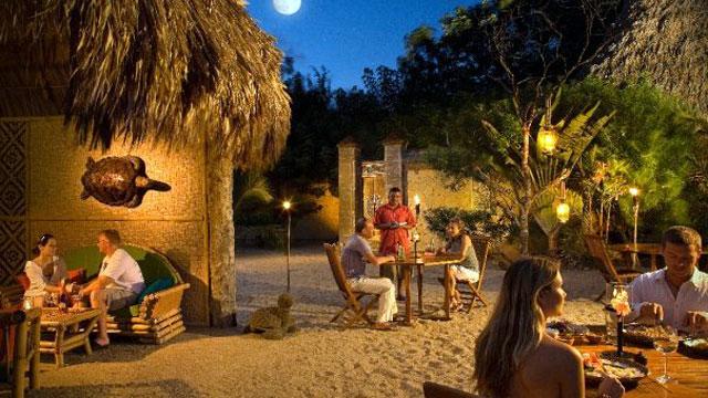 PHOTO: Turtle Inn, Placencia, Belize