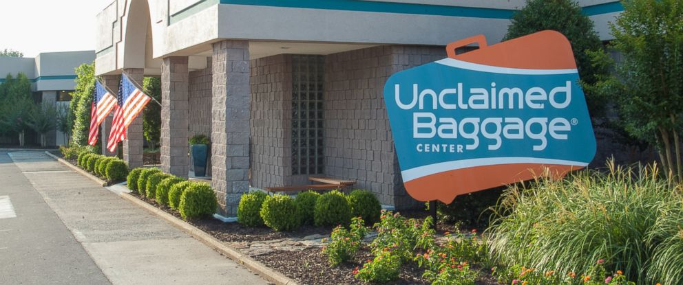 PHOTO: The Unclaimed Baggage Center buys lost luggage from airlines and sells it at this store in Scottsboro, Ala.