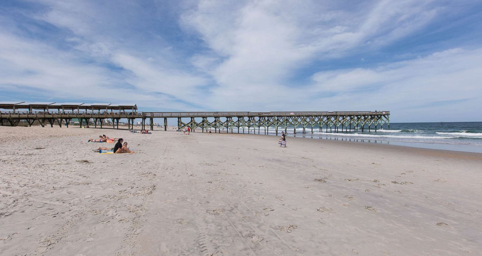 11 affordable beach destinations in the US - ABC News on