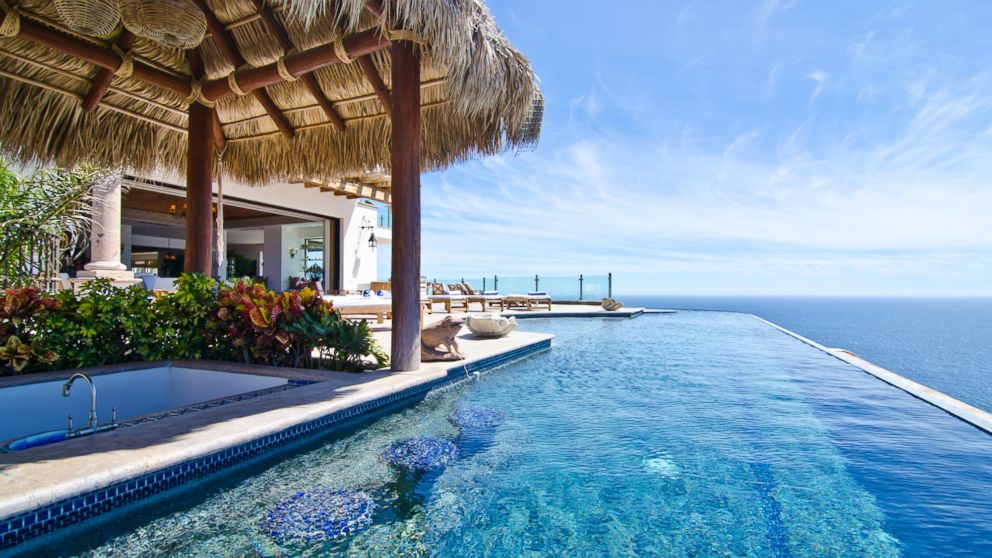 Infinity pool beach house Beach Caribbean Abc News Gocom 10 Vacation Rentals With Infinity Pools Photos Abc News