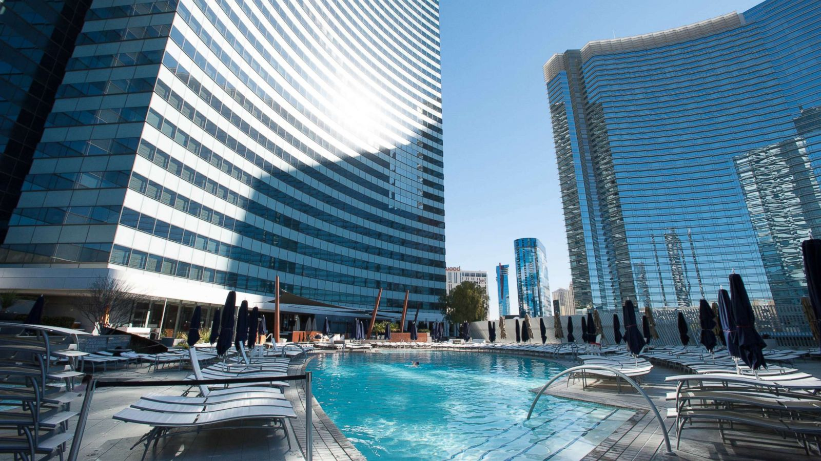 8 awesome Las Vegas hotels with no casinos - ABC News