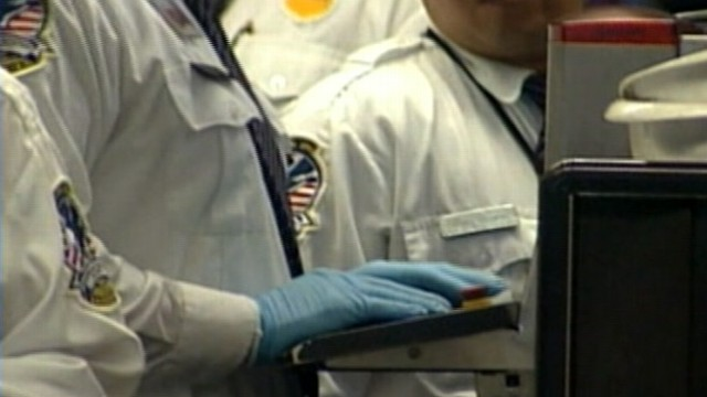 VIDEO: Transportation Security Administration review reveals security lapses at New Jersey airport.