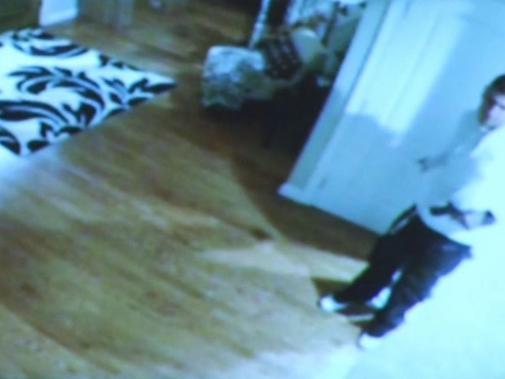 VIDEO: Prosecutor during murder trial opening arguments: That, ladies and gentlemen, is a Glock.