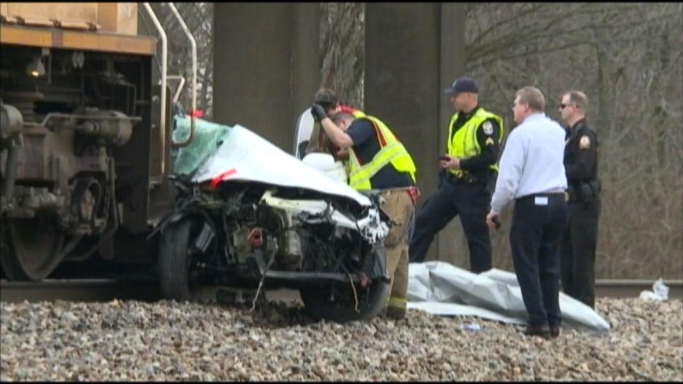 Kentucky Train Crash Leaves 2 Dead
