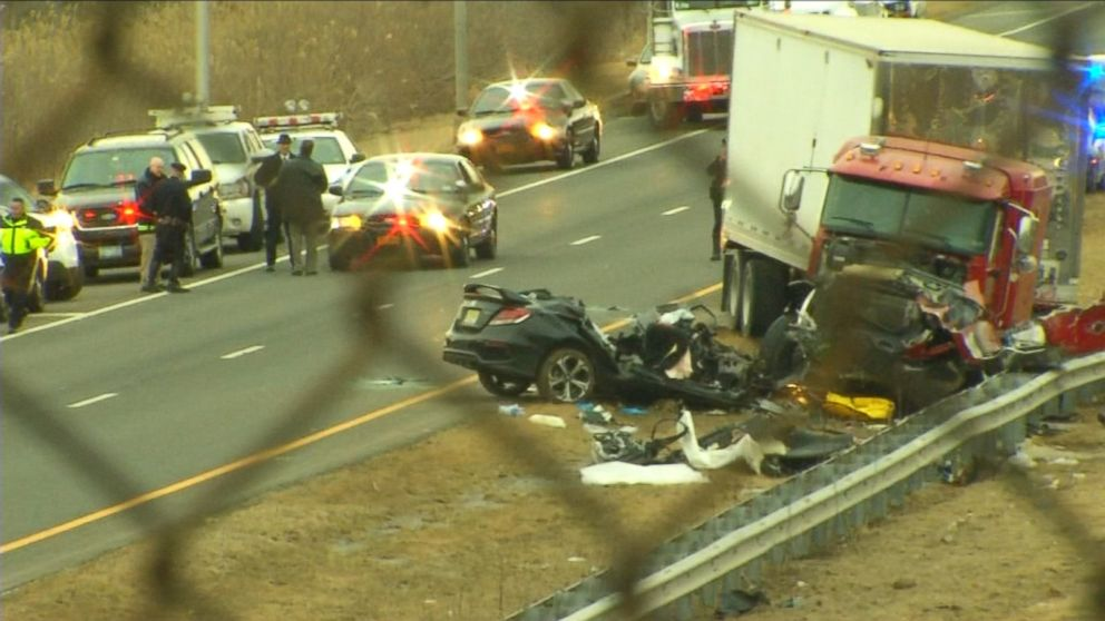Off-Duty Police Officers Involved in Deadly Wrong Way Crash Video ...