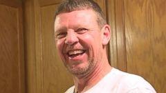 Kansas Man Finds Golden Can Wins Super Bowl Tickets For