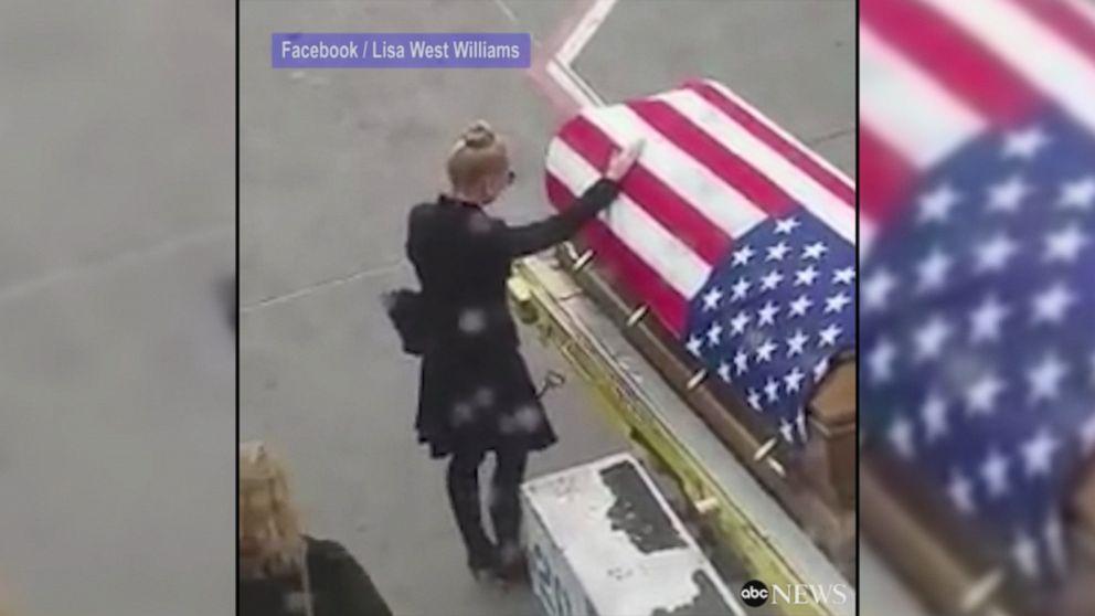 9b0845a8975e U.S. Army Green Beret returns to U.S. for burial Video - ABC News
