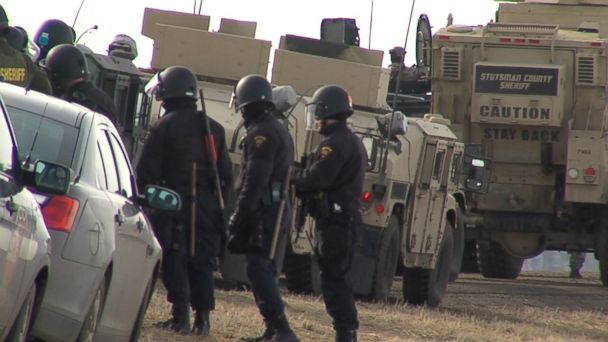 Police in riot gear enter main protest camp for Dakota Access pipeline