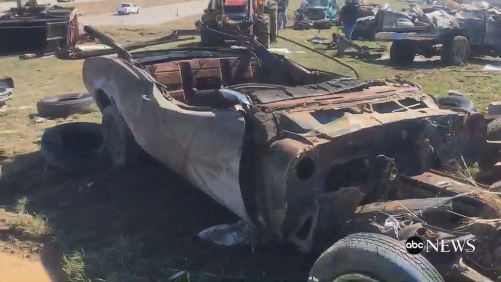 Tornadoes toss junkyard cars onto Missouri highway Video - ABC News
