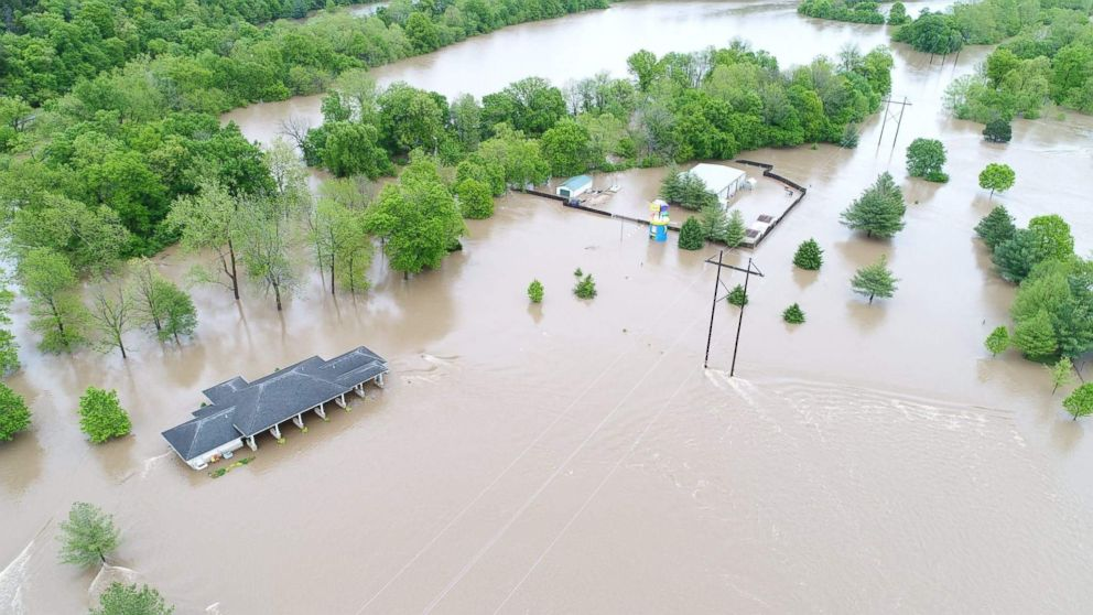 Missouri golf course under water in James River flooding ...