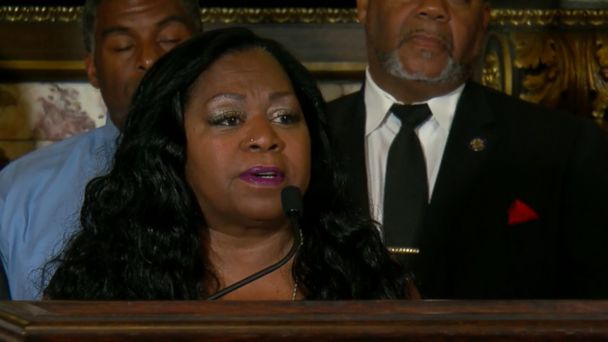 Philando Castile's mom urges people to 'treat each other better' a year later