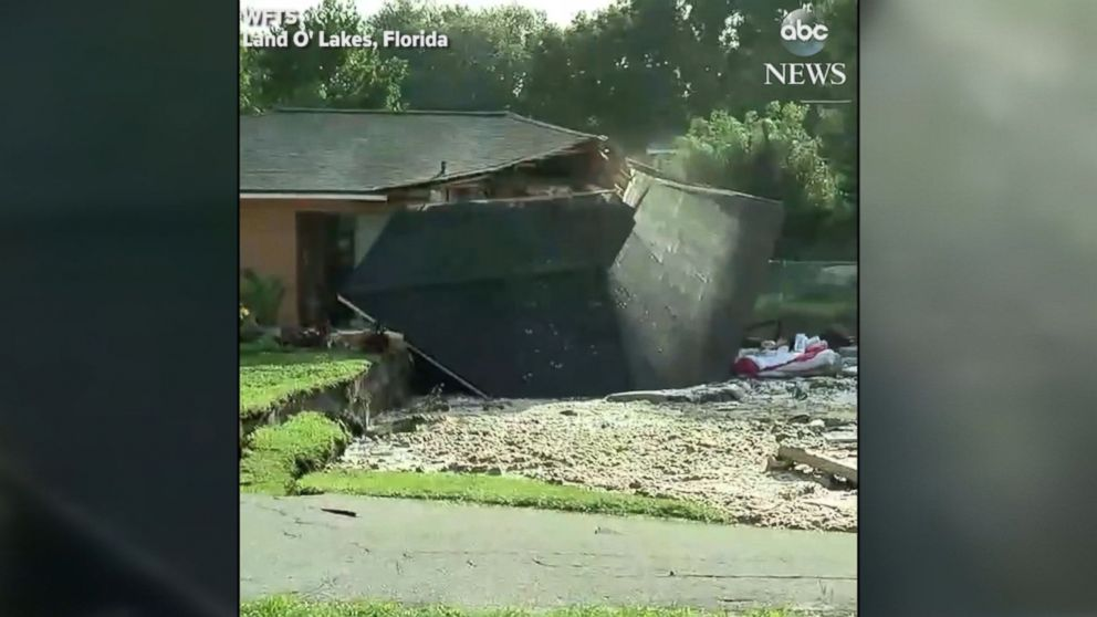 Active Sinkhole Swallows 2 Florida Houses Others At